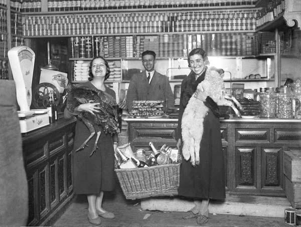 Antiguas tiendas ultramarinos comestibles bebidas antiguos ultramarinos rafael castillejo ii - Casa de los caramelos valencia ...