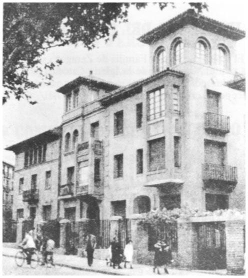 Fotos antiguas de zaragoza rafael castillejo zaragoza for Colegio sagrada familia malaga ciudad jardin